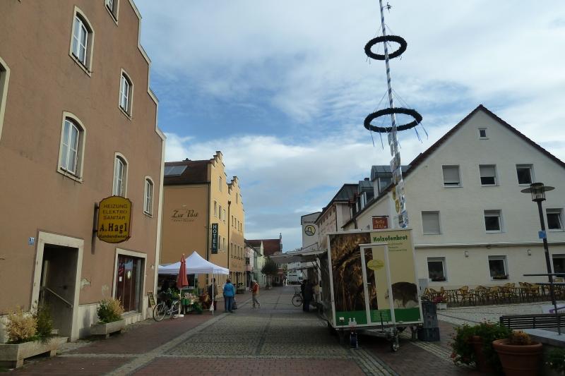 R5 Un petit marché à Bad Abbach