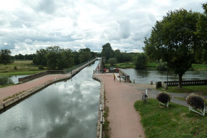 X6 Le Pont Canal à Digoin