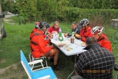 L02 Petit déjeuner au bord de route